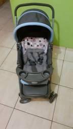 Carrinho de bebê  da marca cosco