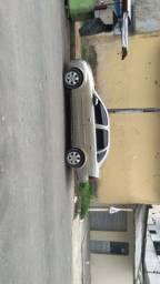 Corsa Sedan Premium vendo outro todo em dia