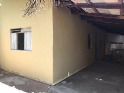 Casa mobiliada no setor Coimbra de 2 quartos, ,com quintal