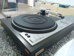 Toca discos Gradiente Model DD1