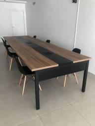 Mesa para escritório/reunião