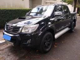 Vendo Toyota Hilux 2013 toda no boleto!!!