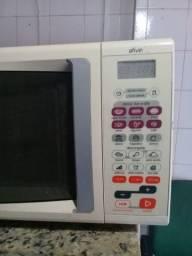 Título do anúncio: Vendo forno de microondas