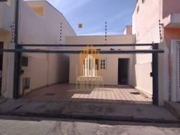 Casa à venda com 3 dormitórios e 2 vagas, Zona Norte - SP