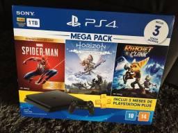 PlayStation 4 Slim 1TB HDR c/ 3 Jogos