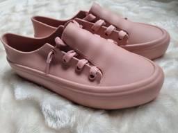 Título do anúncio: Sapato melissa rosa