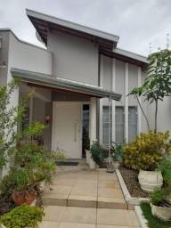 Linda casa a venda em São Pedro