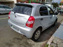 Toyota Etios 1.3x 2013