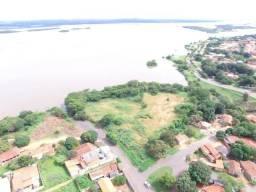 Vende-se Área Comercial, próx. AV Beira Rio, Construções de Prédio, Apartamento, Resort.