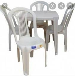 Vendo 6 jogos de mesas de plástico Tramontina