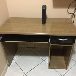 Vende-se Mesa para Computador