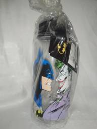 Garrafa De Plástico Squeeze Batman Vs Coringa
