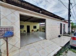 Casa no Novo Aleixo (ACEITO PARCELAMENTO)