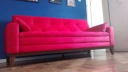 Sofá vermelho 4 lugares em tecido Suede