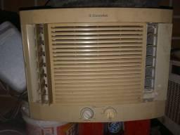 Ar-condicionado 7500 btus