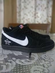 Tênis Nike (zero, novo)