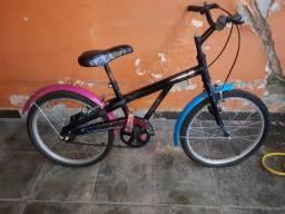 Título do anúncio: Bike moster hild.menina (troca esteira eletrica )