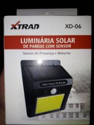 Luminária solar de parede com sensor