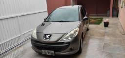 Título do anúncio: Peugeot Sedan 207 1.4 Completo 2011