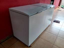 Freezer Gelopar 2 portas, semi novo