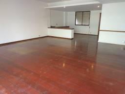 Título do anúncio: Apartamento sala 3 quartos no Leblon
