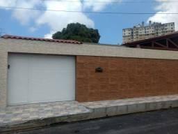 Casa para venda com 360 metros quadrados com 3 quartos em Antares - Maceió - AL