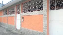 Alugo casa térrea 3 quartos com suite em Realengo