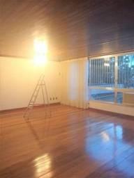 maravilhoso apartamento vazio ,amplo arejado