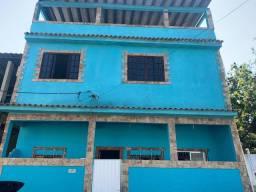 Casa 2 quartos, sala, terraço, frente rua