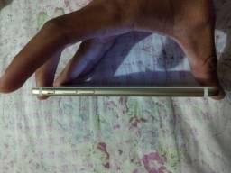 iPhone 7 32GB iCloud em branco