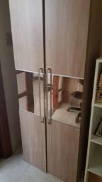 Vendo Armário 2 portas