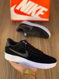 Título do anúncio: Tênis Nike Air Force 1 Linha