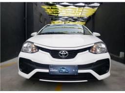 Toyota Etios 2018 1.5 x sedan 16v flex 4p automático