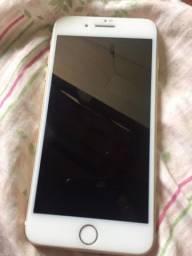 Vendo iPhone 7 Plus 32 GB Gold zero , saúde 89 % , celular impecável sem marcas de uso .