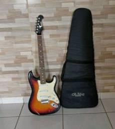Guitarra Eagle Stratocaster Sunburst