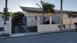 Troco casa em Penha por casa ou terreno em Itajaí...