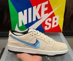 """Título do anúncio: Tênis Nike SB Dunk Low """"Truck It"""""""