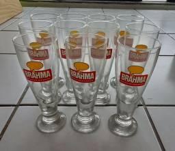 Taças de cerveja marca Brahma