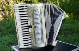 Acordeon caronnie