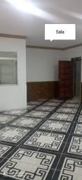 Alugo excelente casa Santo Antônio