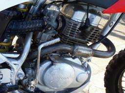 Motor titan 150