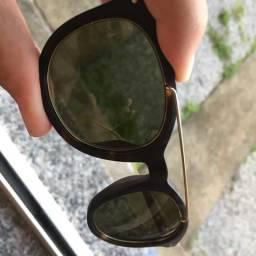 Óculos Tommy Hilfiger inteiro!!