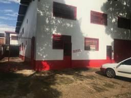 Alugo Barracão com apartamento