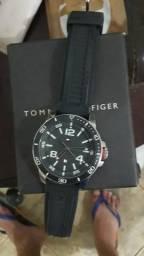 1bbb5a289a1 Relógio tommy