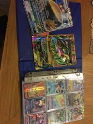 Álbum com várias cartas Pokémon