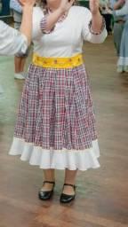 Vestido de Prenda e Acessórios para o Cabelo