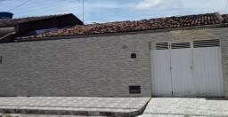 Alugo casa no Conjunto Eustáquio Gomes (800,00)