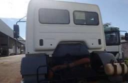 Mb axor 3344 5° roda ano 2011 6x4