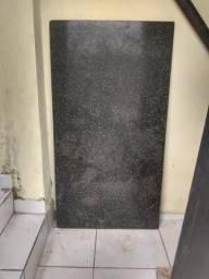 Pedra de mármore grande