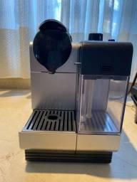 Maquina Nespresso DeLonghi
